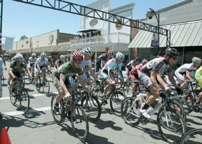 Auburn CA bike race near Electric Street